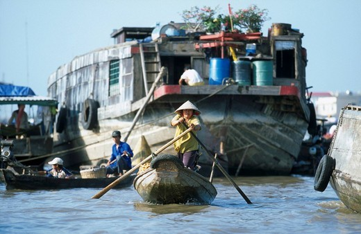 Stock Photo: 1841-19837 Boats and ship in river, Can Tho, Mekong Delta, Vietnam
