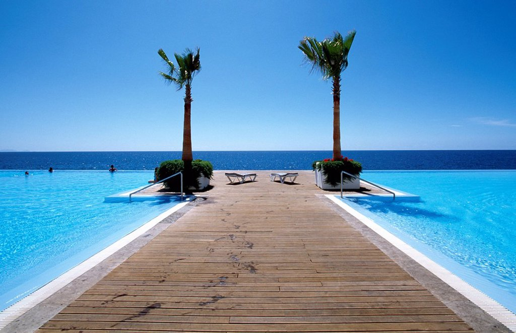 Stock Photo: 1841-21828 Jetty in infinity pool, Funchal, Madeira, Portugal
