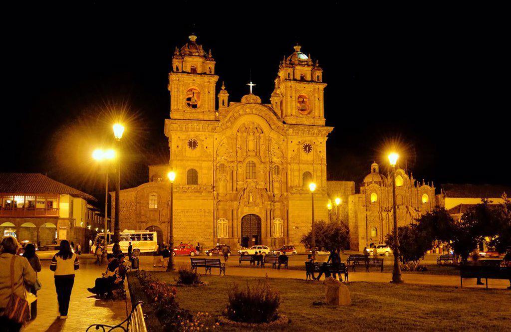 Church lit up at night, Iglesia La Compania De Jesus, Plaza_De_Armas, Cuzco, Cusco Region, Peru : Stock Photo