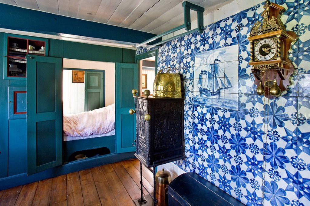 Captain room in an old frisian house Oeoemrang Hus, Nebel, Amrum, Schleswig_Holstein, Germany : Stock Photo