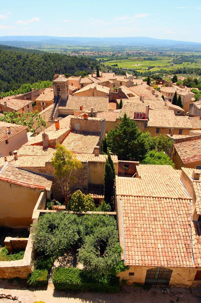 Stock Photo: 1841-37921 High angle view of houses in town, Le Barroux, Vaucluse, Provence_Alpes_Cote d´Azur, France