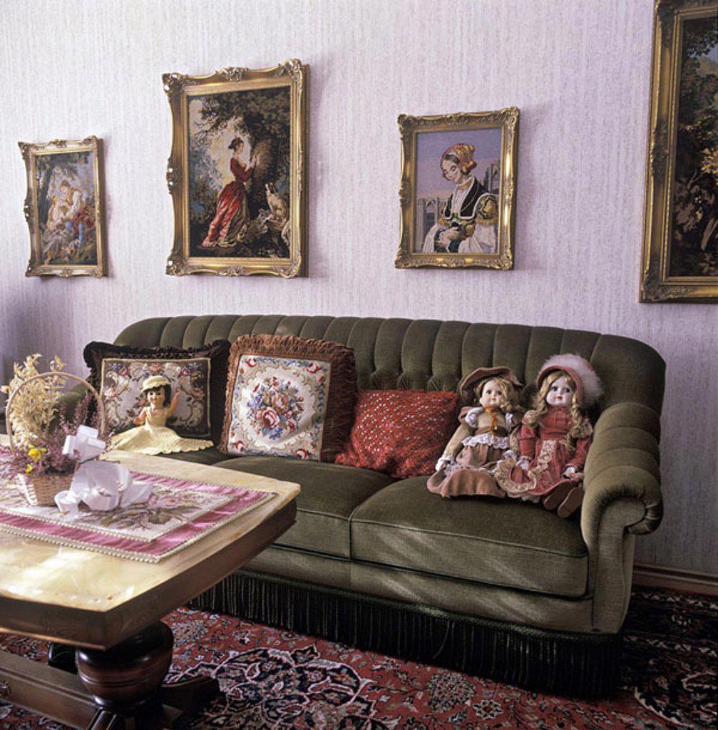 Interiors of empty room : Stock Photo