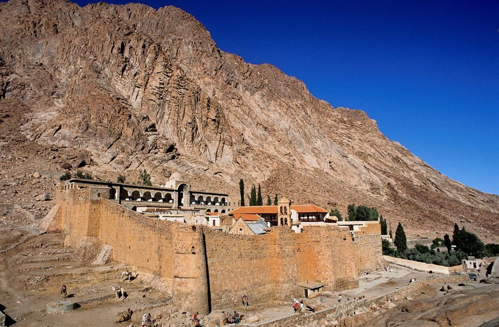 Old monastery on arid landscape, Sinai Desert, Egypt : Stock Photo