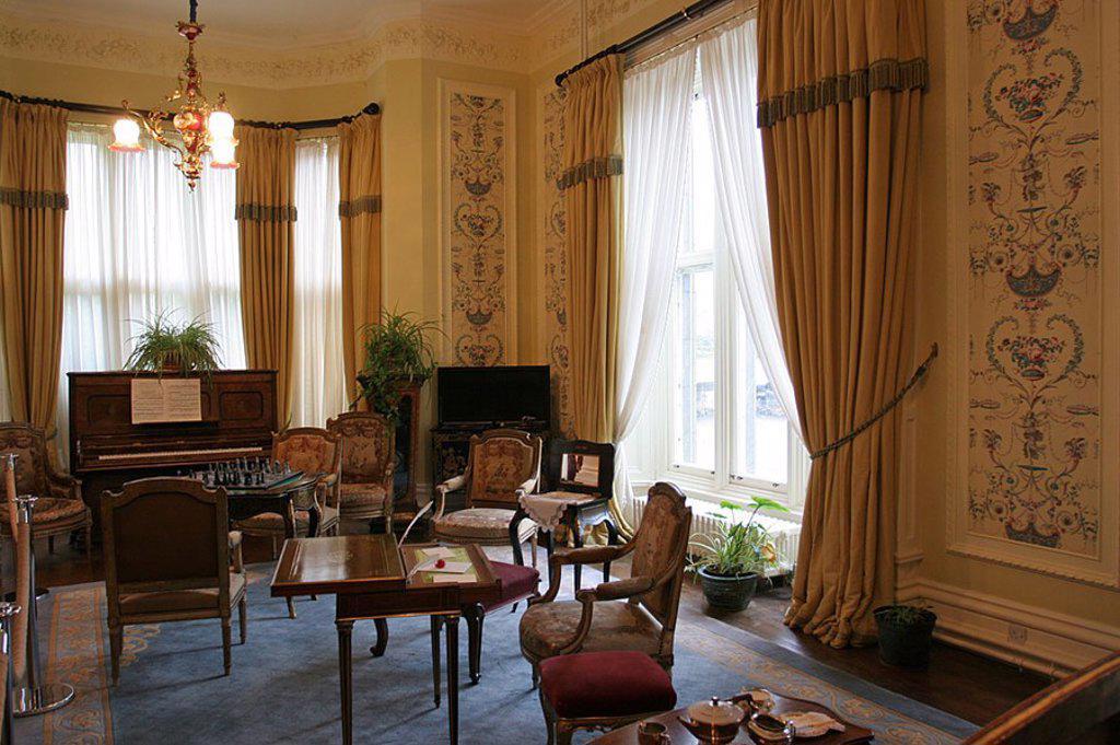 Stock Photo: 1841-40627 Interiors of room