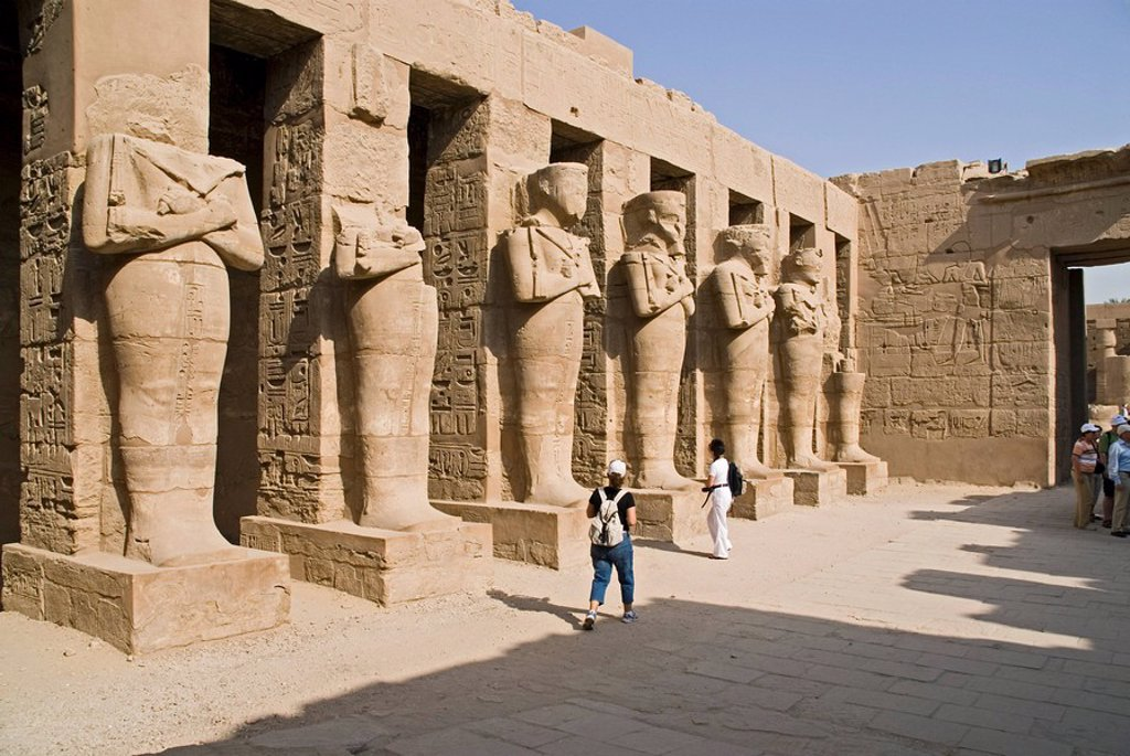 Stock Photo: 1841-4370 Sculptures at the Temple of Karnak, Luxor, Egypt
