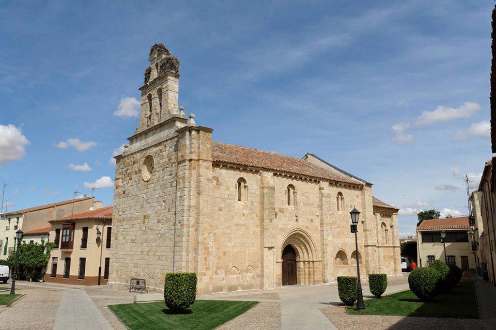 Stock Photo: 1841-44162 San Isidoro Church, Zamora, Spain