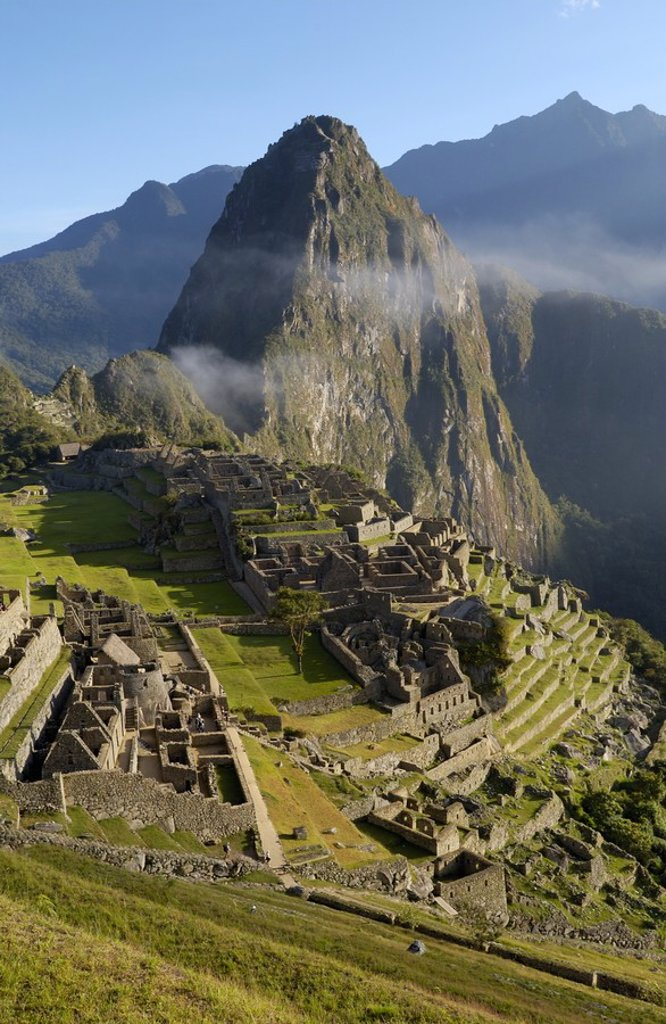 High angle view of old ruins on mountain, Inca Ruins, Machu Picchu, Cusco Region, Peru : Stock Photo