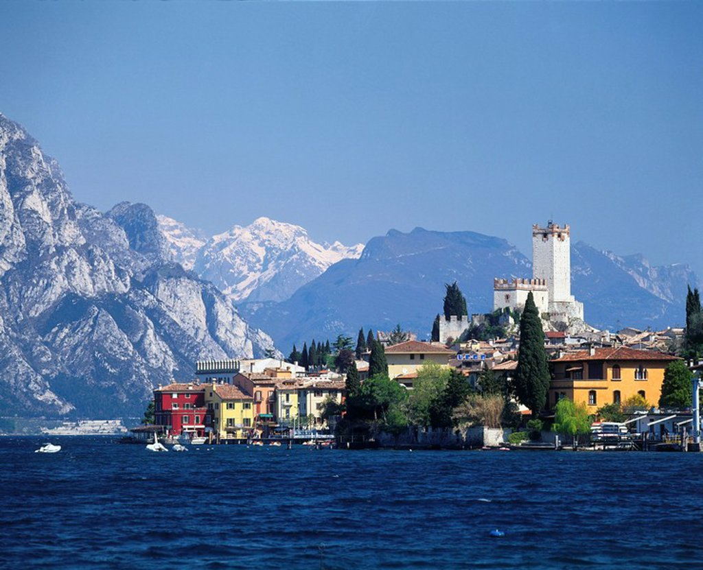 Town at waterfront, Lake Garda, Italy : Stock Photo