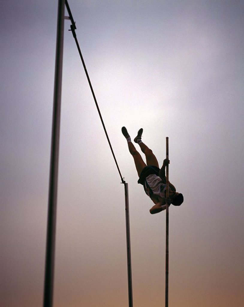 Stock Photo: 1841-51152 Pole jumper, low angle view