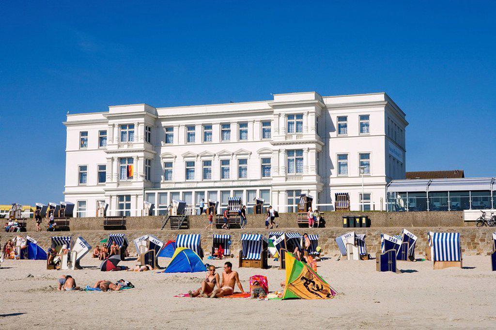 Tourists on beach, Western Beach, Langeoog, Lower Saxony, Germany : Stock Photo