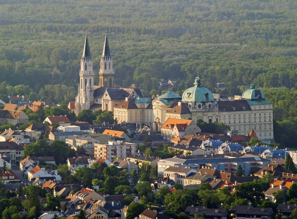 Stock Photo: 1841-5978 Aerial view of cathedral in town on landscape, Klosterneuburg, Austria