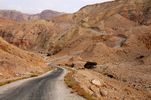 Mountain pass road in the Jordanian desert near the ancient city of Petra : Stock Photo