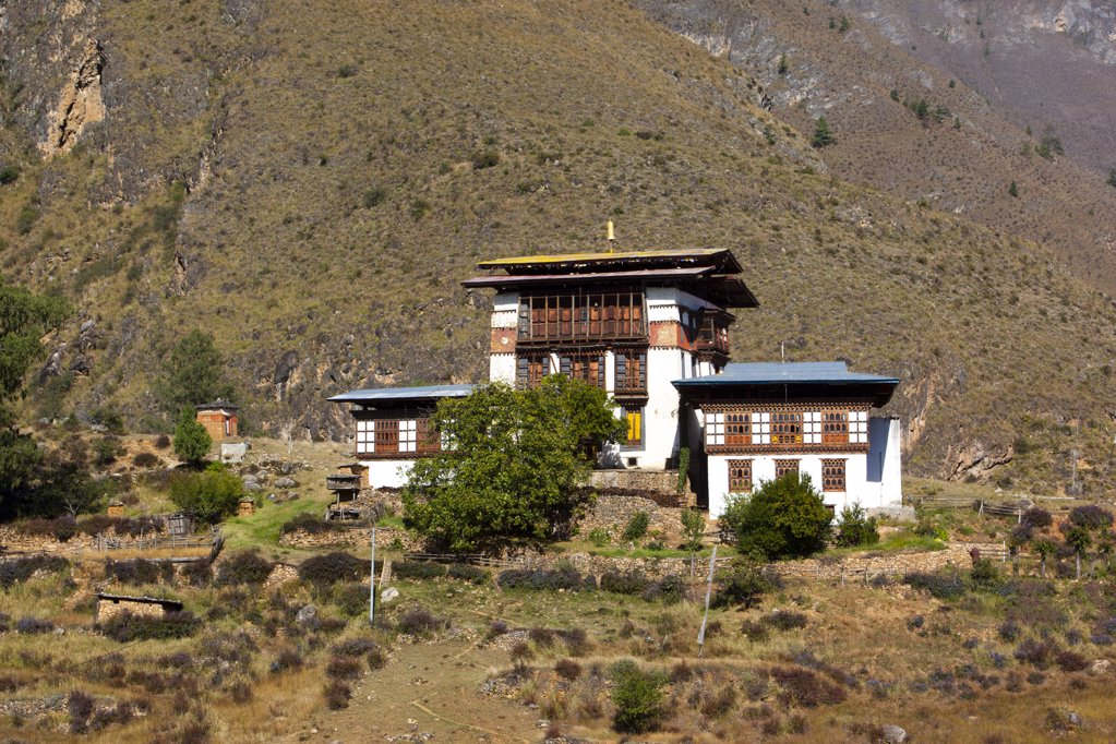 Stock Photo: 1841R-113771 Typical house in the Thimphu Valley, Bhutan