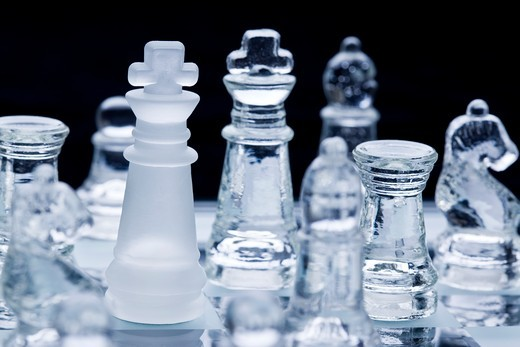 Stock Photo: 1841R-82751 Glass chess board and pieces, close-up