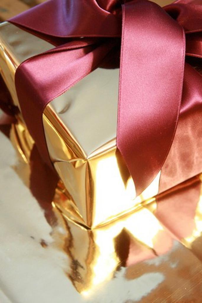 Close-up of gift box : Stock Photo
