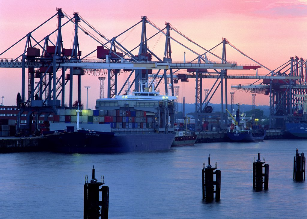 Cranes at harbor : Stock Photo