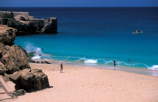 Vila do Maio , beach, people swimming, Maio Island, Cape Verde, Africa : Stock Photo