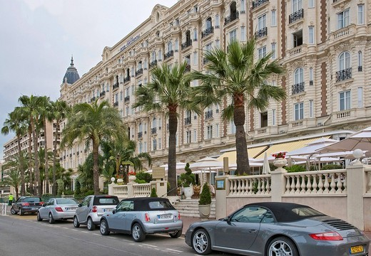 Stock Photo: 1844-7426 La Croisette, the famous Cannes street. La Croisette, Cannes, Provence_Alpes_Cote d´Azur, France, Europe