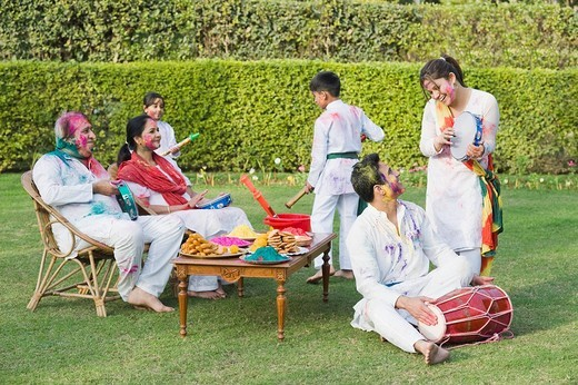 Stock Photo: 1846-10776 Family celebrating Holi