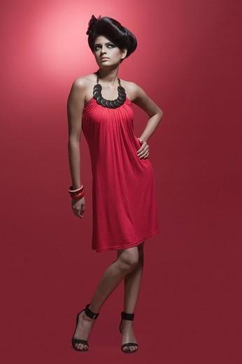 Stock Photo: 1846-1130 Female fashion model posing