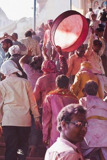 Stock Photo: 1846-12197 Group of people celebrating Holi festival, Barsana, Uttar Pradesh, India