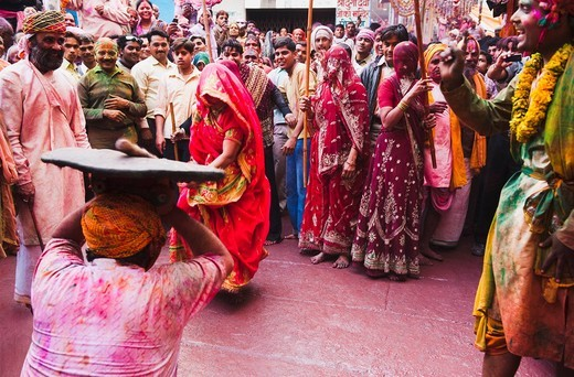 Stock Photo: 1846-12229 People celebrating ´Lath Maar Holi´ festival, Barsana, Uttar Pradesh India