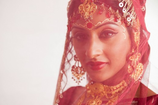 Portrait of a bride in traditional Bengali dress : Stock Photo