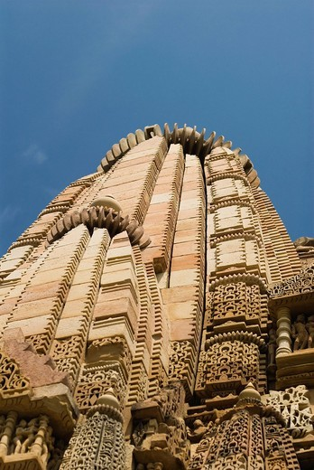 Stock Photo: 1846-13729 Low angle view of a temple, Khajuraho, Chhatarpur District, Madhya Pradesh, India
