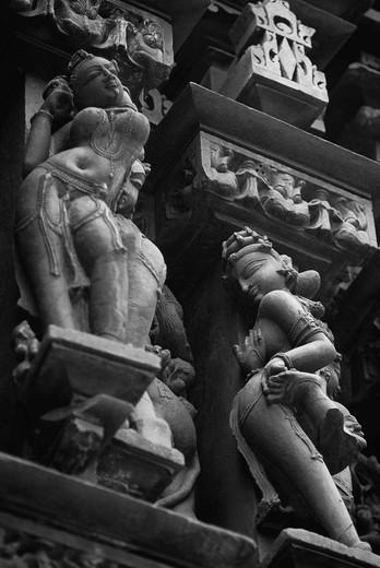 Sculptures detail of a temple, Khajuraho, Chhatarpur District, Madhya Pradesh, India : Stock Photo