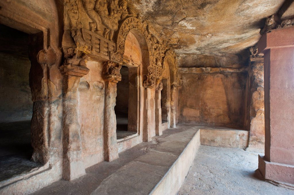 Stock Photo: 1846-18862 Ruins of verandah at an archaeological site, Udayagiri and Khandagiri Caves, Bhubaneswar, Orissa, India