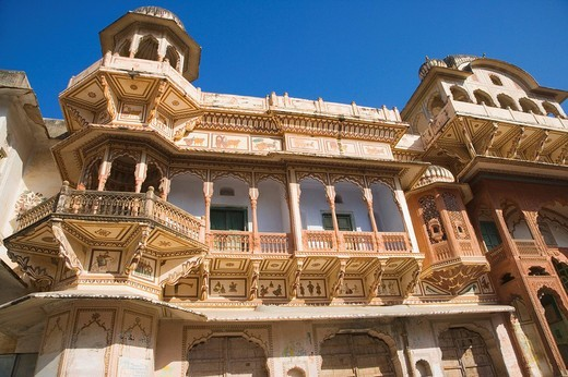 Low angle view of a palace, Pushkar, Ajmer, Rajasthan, India : Stock Photo