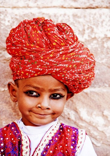 Close_up of a boy wearing a turban, Jodhpur, Rajasthan, India : Stock Photo