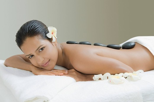 Stock Photo: 1846-9797 Portrait of a woman getting lastone therapy