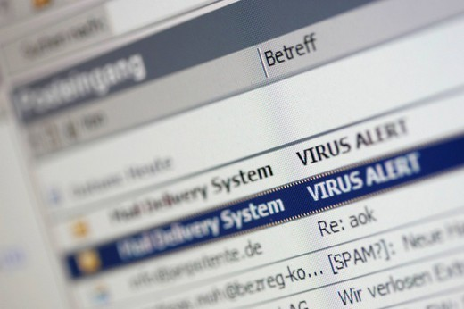 Stock Photo: 1848-10043 DEU, Germany : Internet, email program, virus infected mails, spam mails. ,