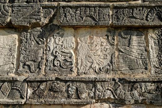 Plataforma de Jaguares y Aguilas, Maya and Toltek archeological site Chichen Itza, new worldwonder, Yucatan, Mexico : Stock Photo