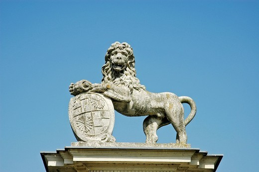 Detail, lion of stone, castle Nordkirchen, Muensterland, North Rhine_Westphalia, Germany : Stock Photo