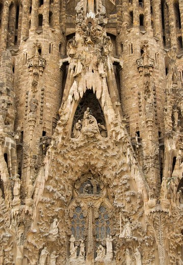 Details from northern front of Sagrada Familia Church designed by architect Antoni Gaudi, Barcelona, Spain : Stock Photo