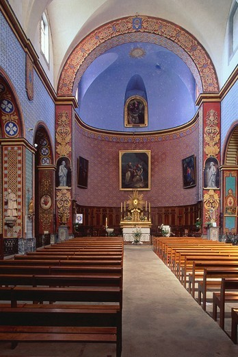 Stock Photo: 1848-105519 Interior of church in Gordes, Provence, Vaucluse, France