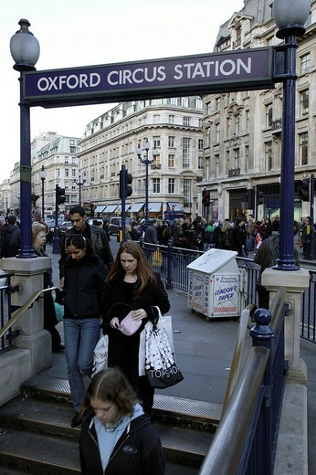 Stock Photo: 1848-106462 Pedestrians at the entrance to the tube station Oxford Circus in London, England, Great Britain, Europe