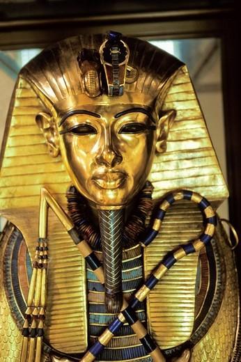 Stock Photo: 1848-107859 Goldmask of Tutenchamun, museum Cairo, Egypt