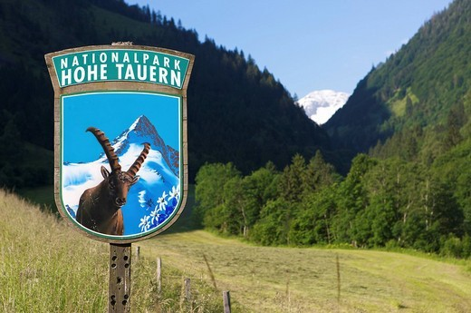 Sign at the entrance to Hohe Tauern National Park, Salzburg, Austria, Europe : Stock Photo