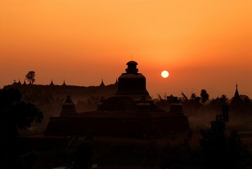 Temple complex of Mrauk_U, Burma, also called Myanmar, Southeast Asia : Stock Photo