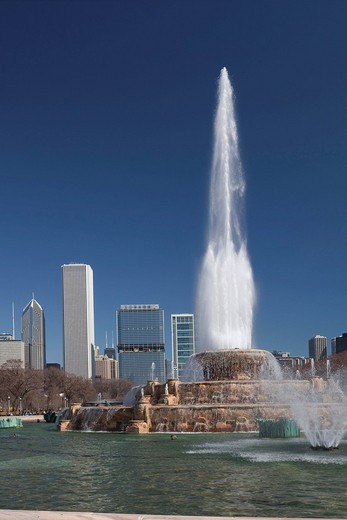 Buckingham Fountain in Grant Park, Chicago, Illinois, USA : Stock Photo