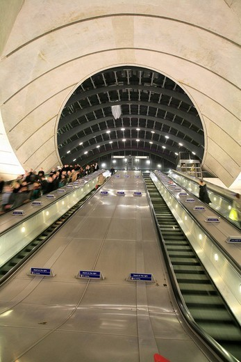 Escalators and glass dome at Canary Wharf underground station, Docklands, London, England, UK, Europe : Stock Photo