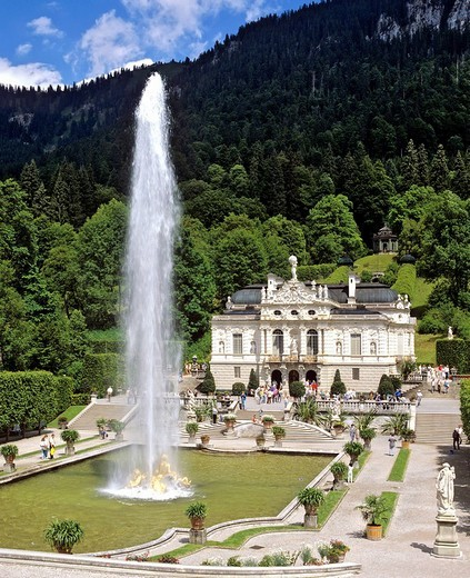 Schloss Linderhof, Linderhof Castle, castle of Ludwig II, Graswangtal Valley, Oberammergau, Upper Bavaria, Bavaria, Germany : Stock Photo