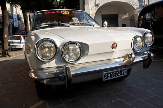 Fiat 850 Coupé II series, 1970 : Stock Photo