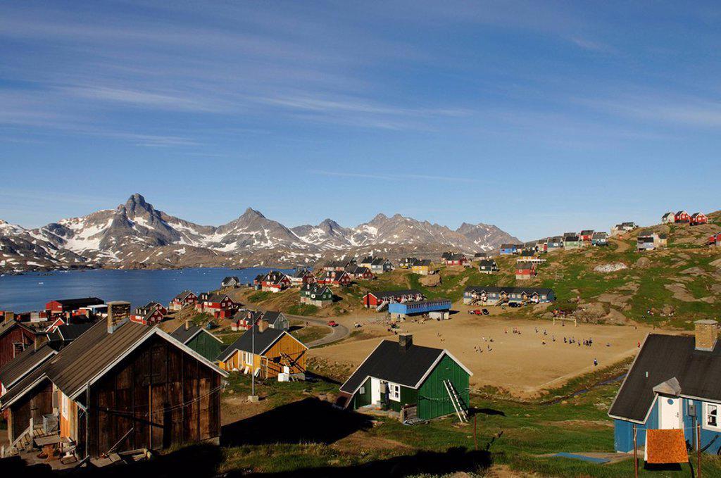 Stock Photo: 1848-112407 Village in Kong Oscar Fjord, Tasiilaq, Ammassalik, East Greenland, Greenland