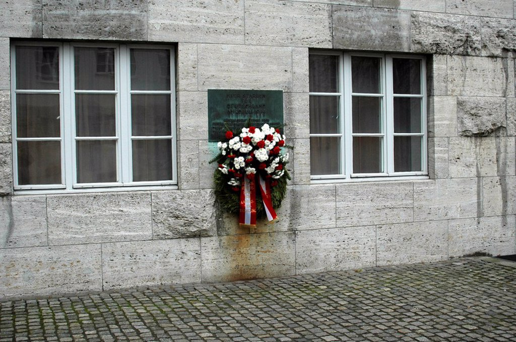 Plaque commemorating the victims of the July 20, 1944 failed assassination attempt of Hitler, Berlin, Germany, Europe : Stock Photo