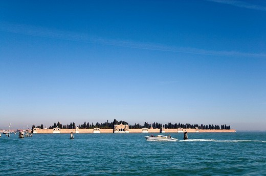 Stock Photo: 1848-116106 Boat in front of the cemetery island, San Michele, Venetian Lagoon, Italy, Europe