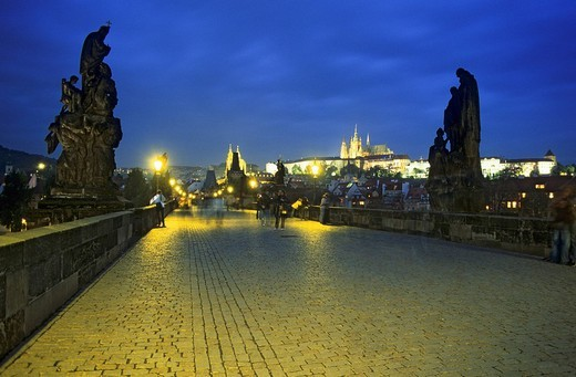 Stock Photo: 1848-116498 Charles Bridge and the Prague Castle on the Hrad&269,any, Prague, Czechia, Europe